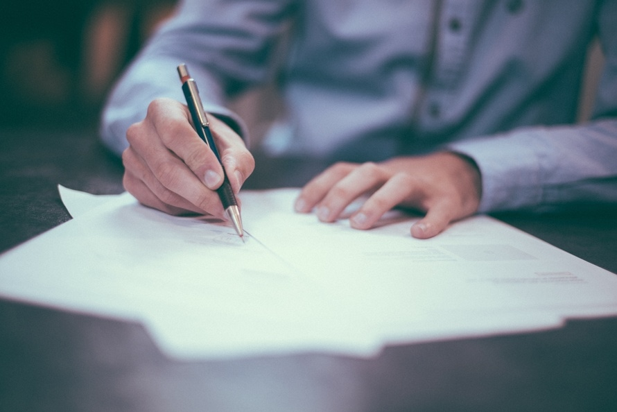 5 Contract Must-Haves For Web Designers